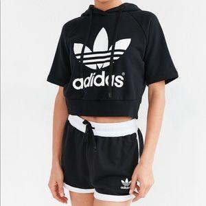 Adidas run crop trefoil short sleeve hoodie
